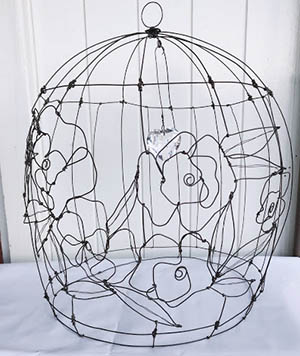 Liberty cage in filo di ferro e cuore di cristallo Wireartlover
